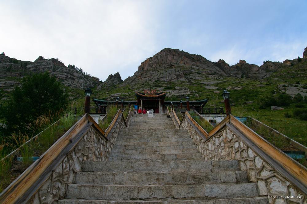アリヤバル寺院 階段