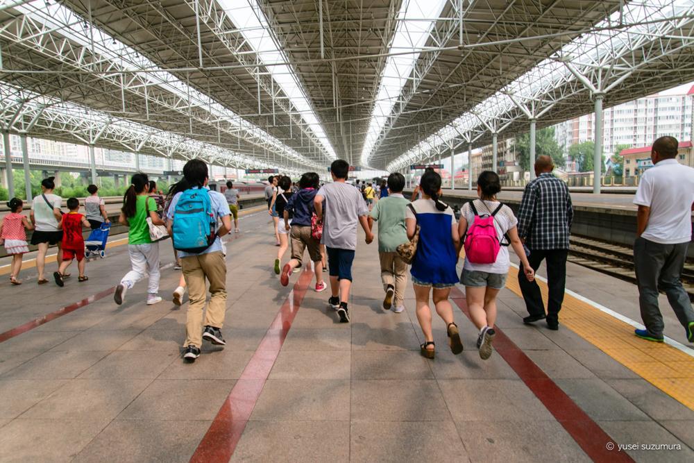 【北京】人、人、人!休日に北京から万里の長城に行くのは至難の業。