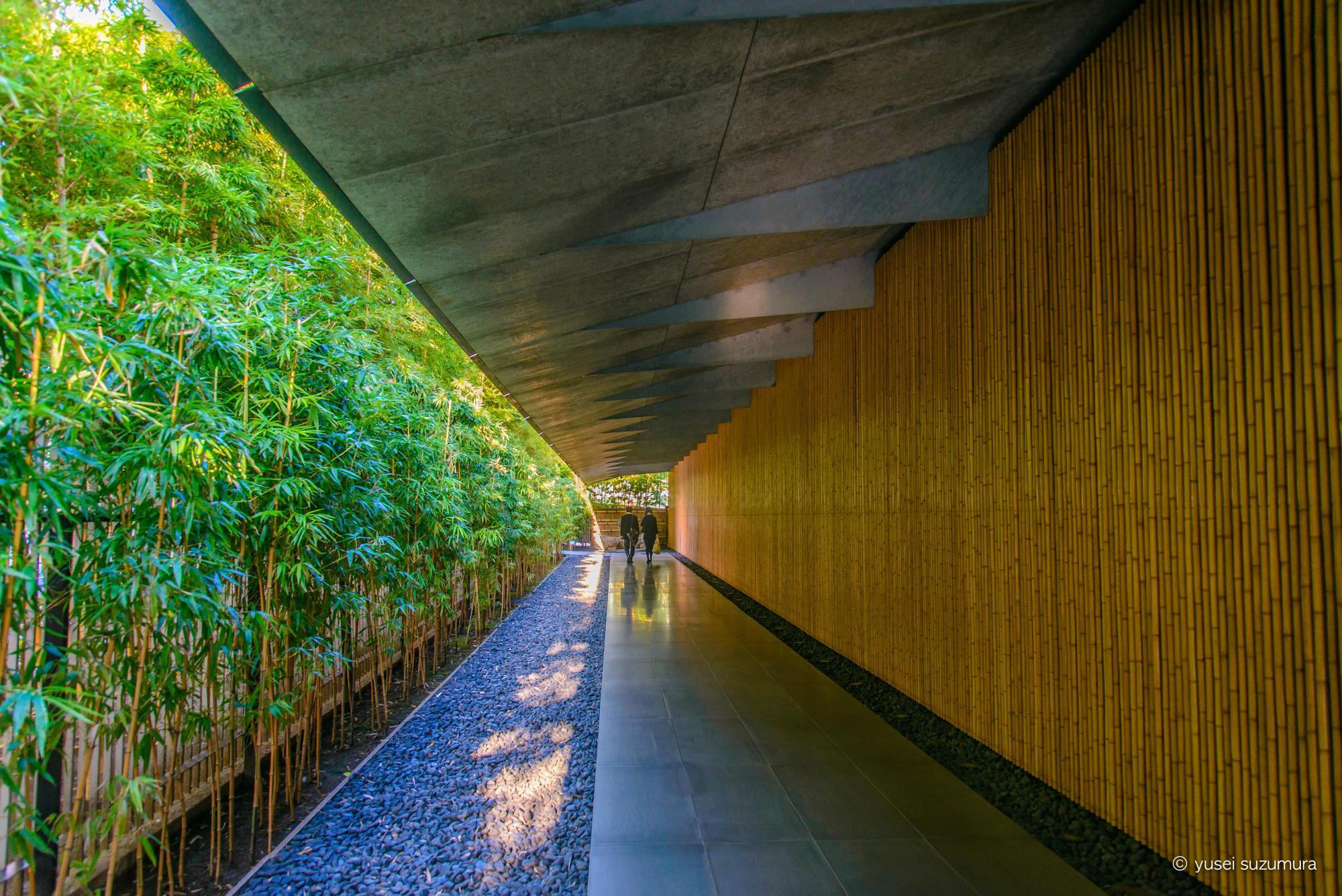 根津美術館の長い廊下