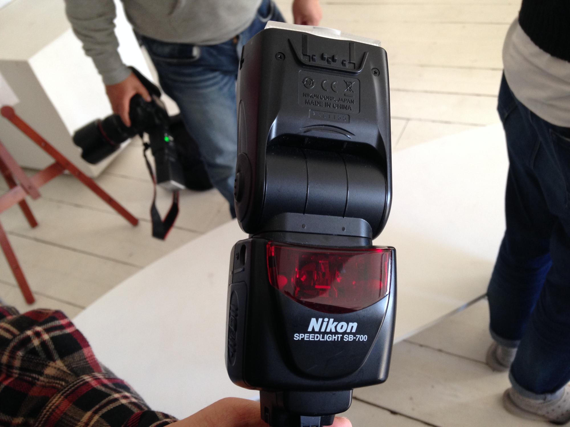 ニコンスピードライト SB-700