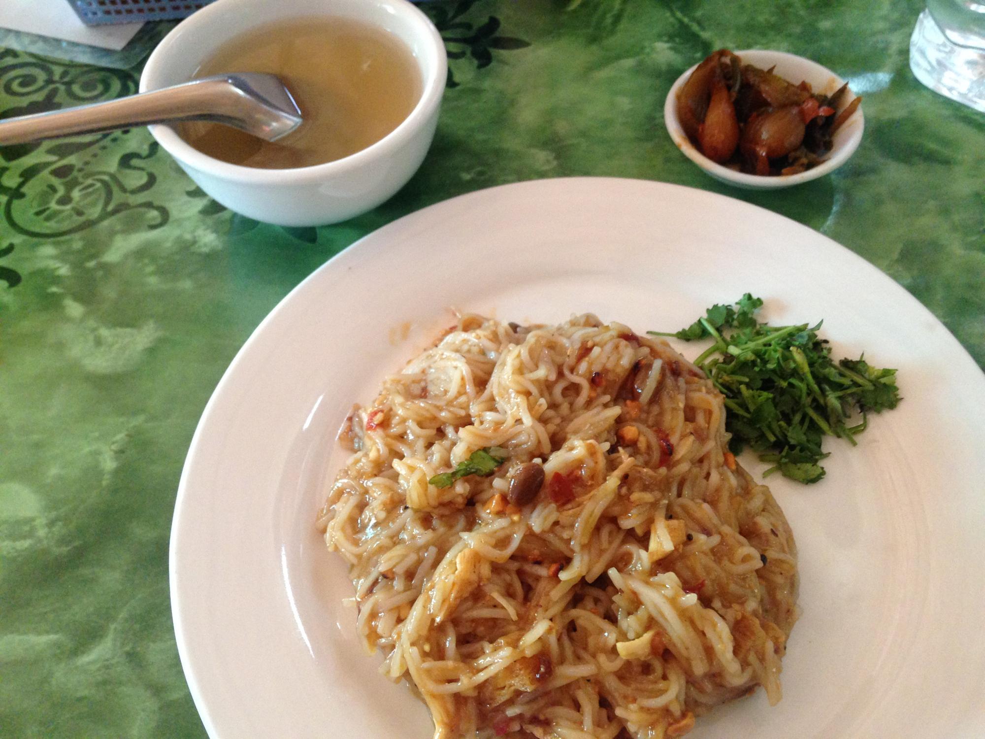 ミャンマー 麺料理