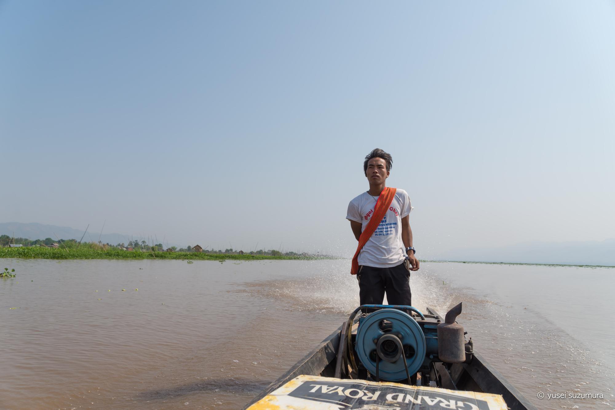 インレー湖 ミャンマー人