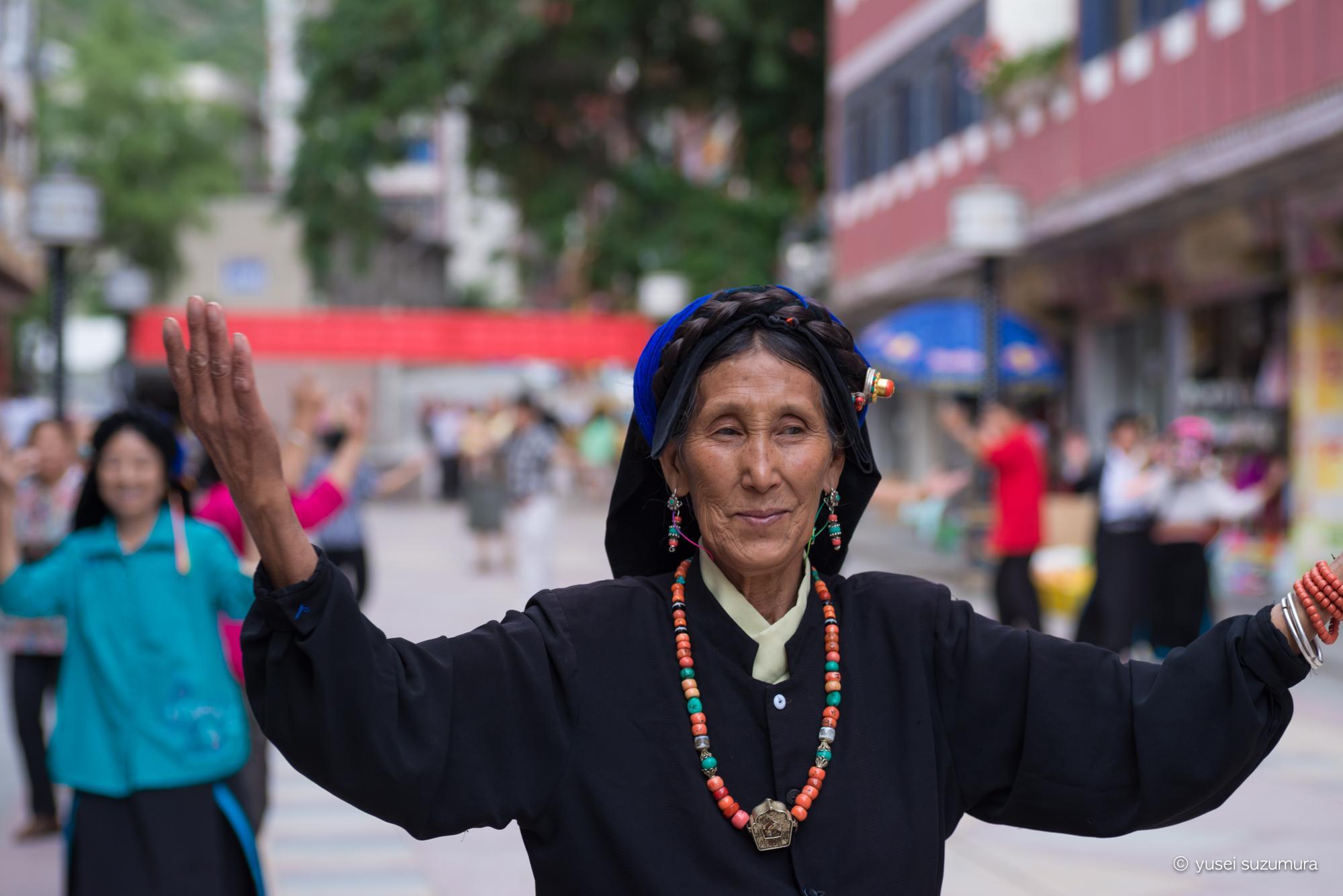 丹巴 ダンス チベット族