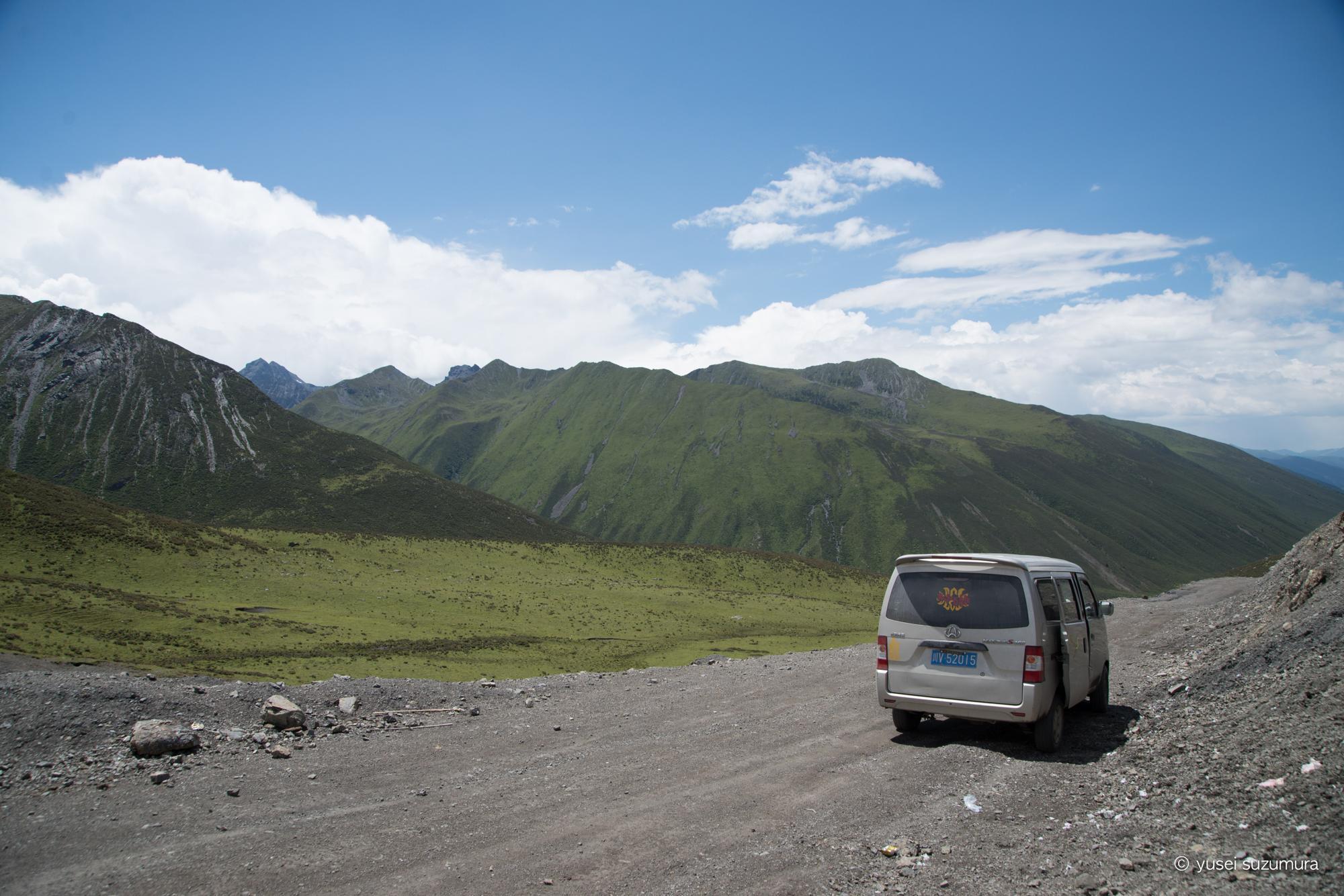 東チベットのよくわからん秘境を突き進む。