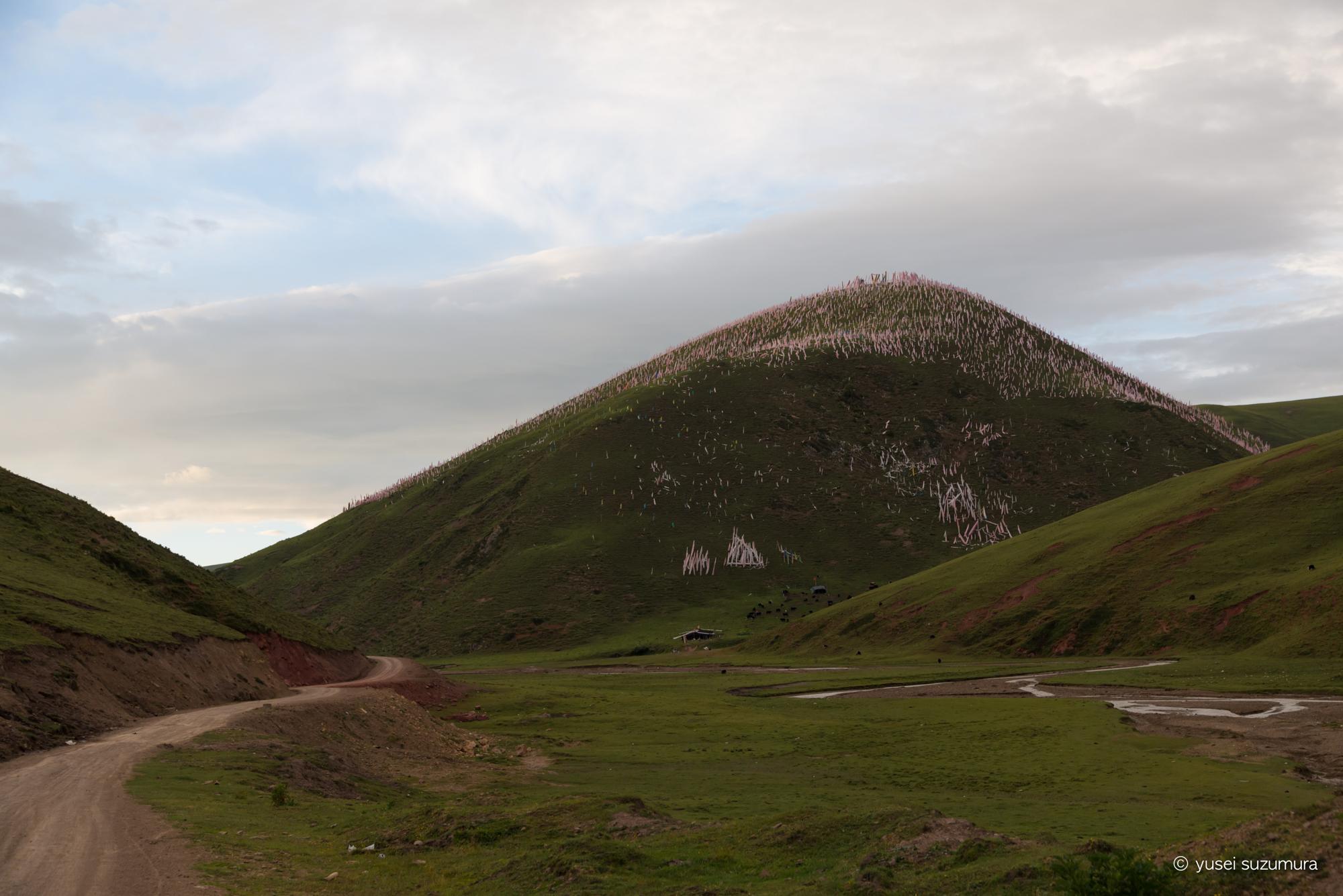 大自然&タルチョ 山