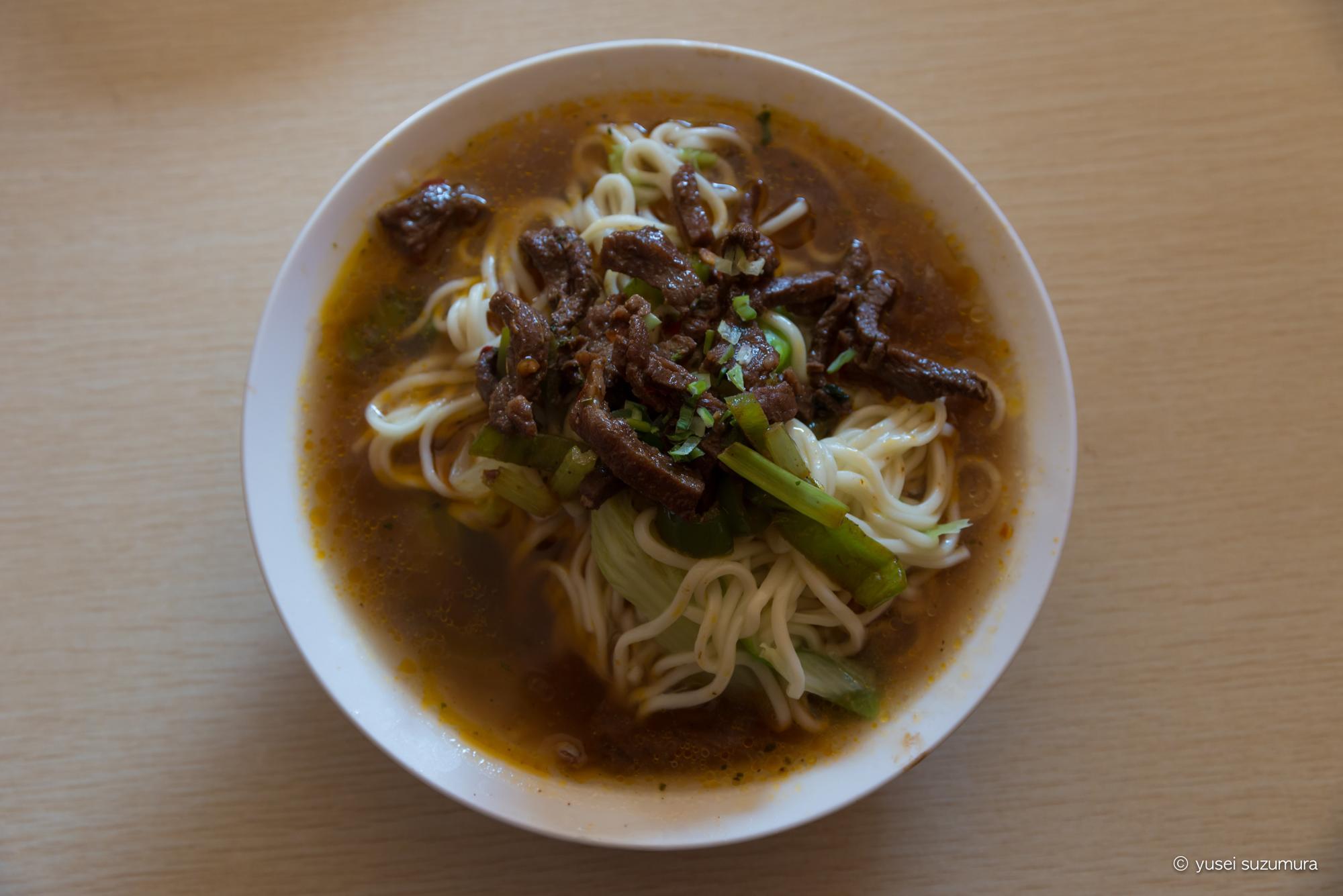 ラルンガルゴンパ 朝食 麺