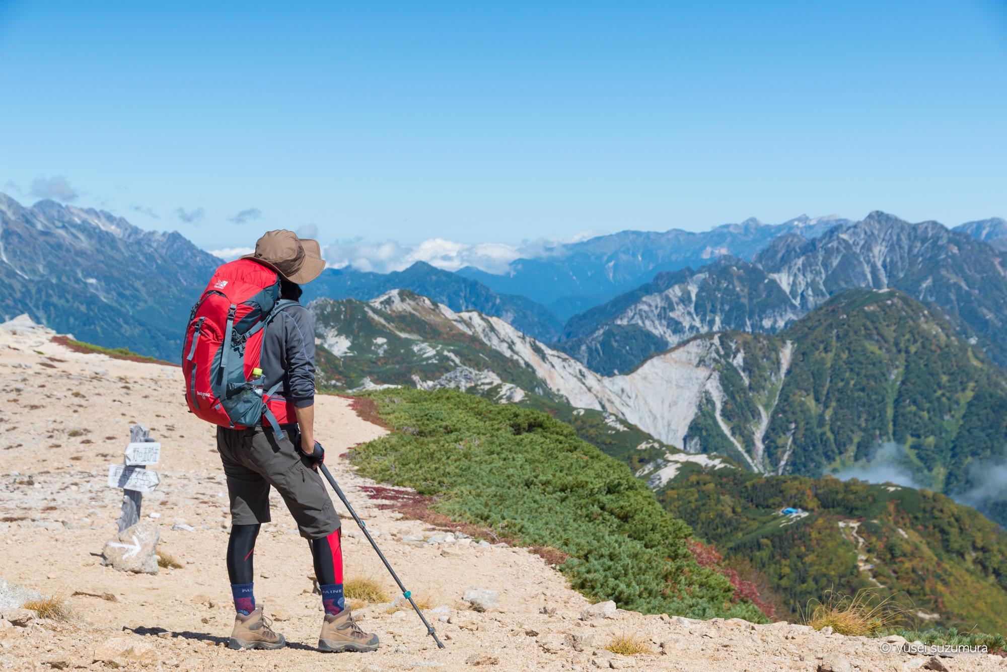 稜線上を歩く。高瀬ダムから裏銀座コースへ。