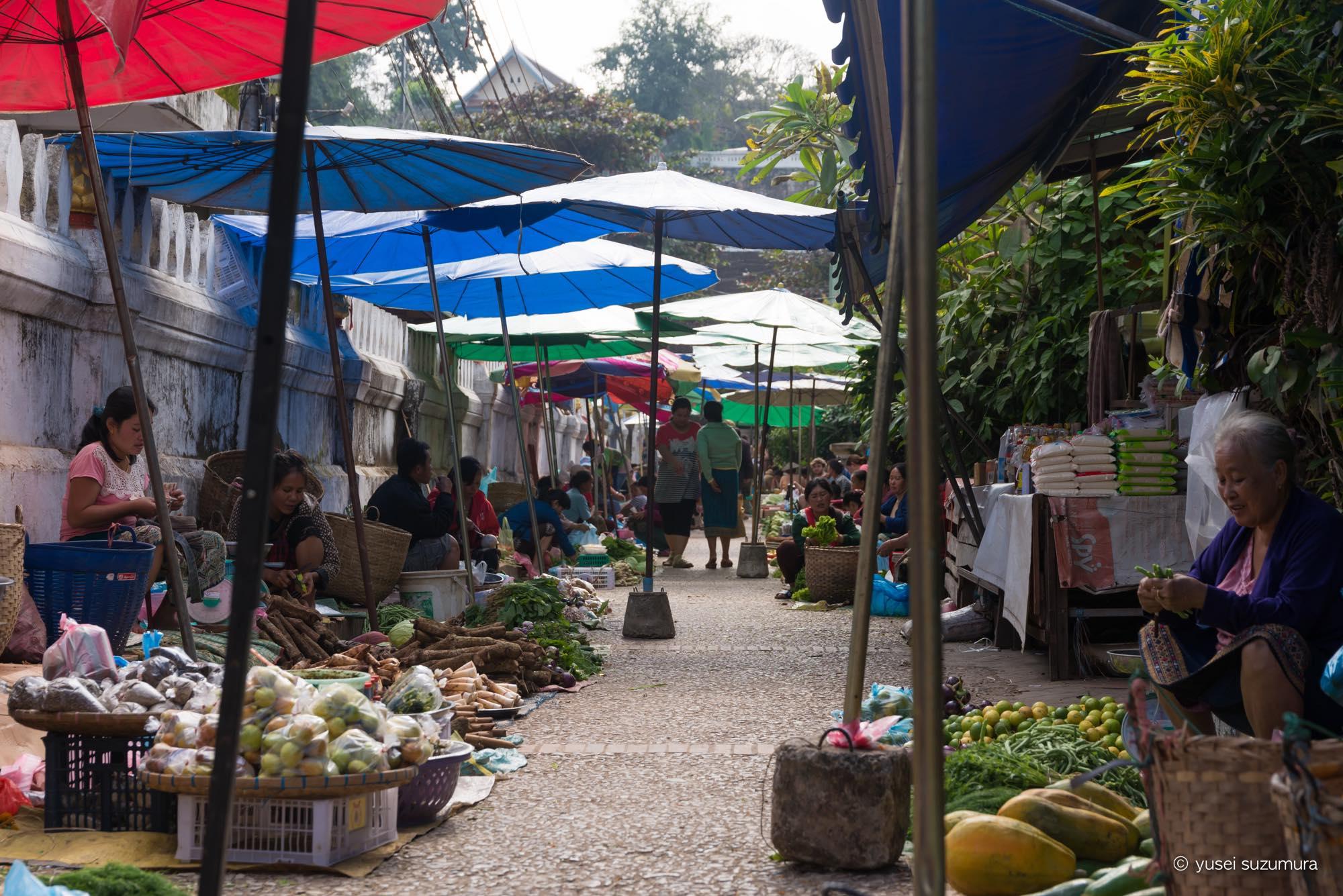 ルアンパバーン 市場
