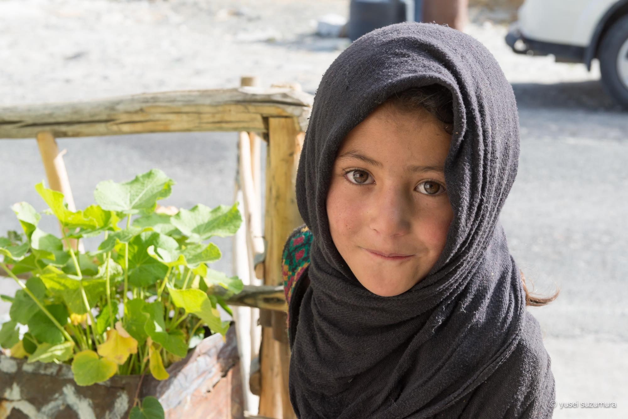 トゥルトゥク 少女 パキスタン