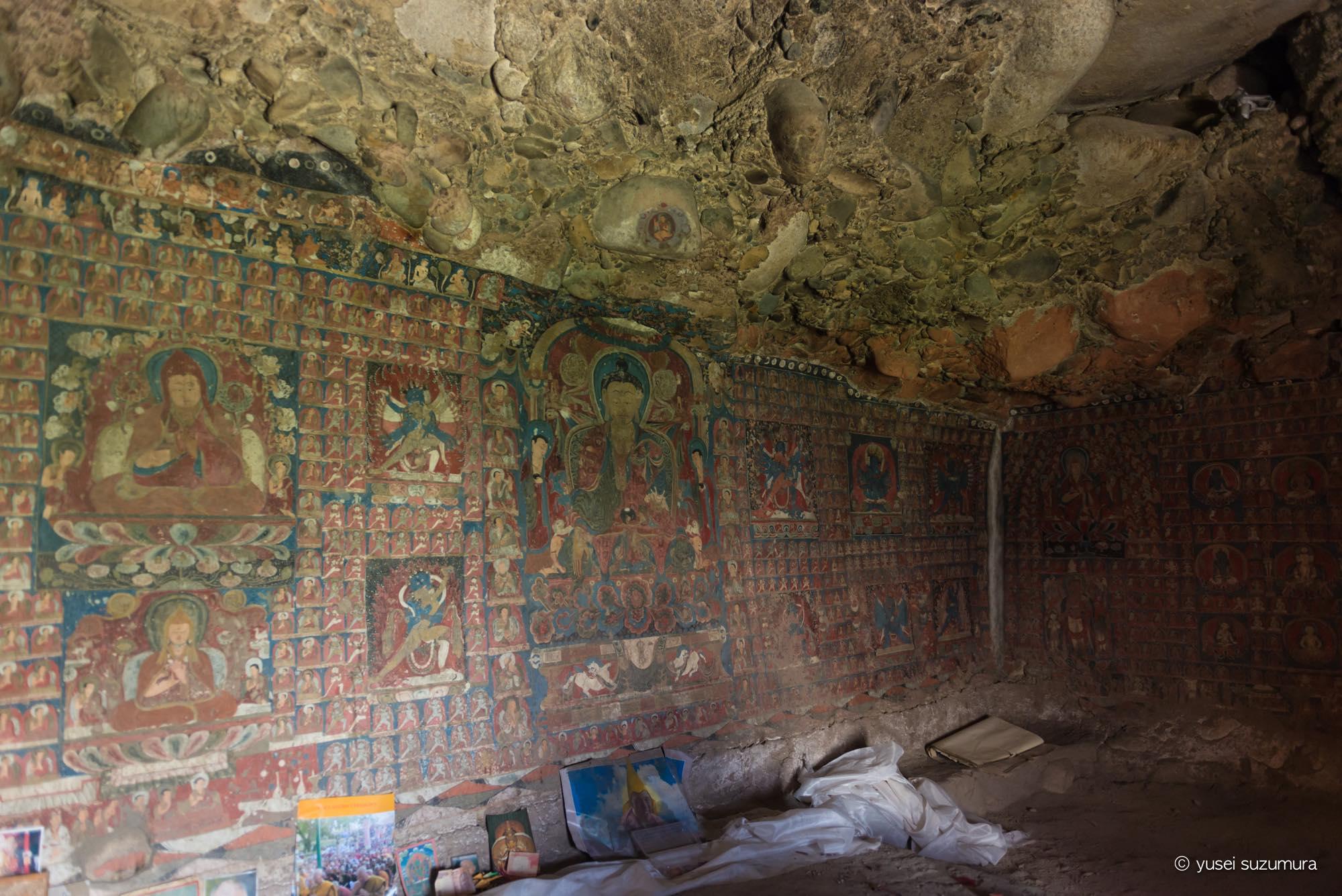 サスポル 壁画