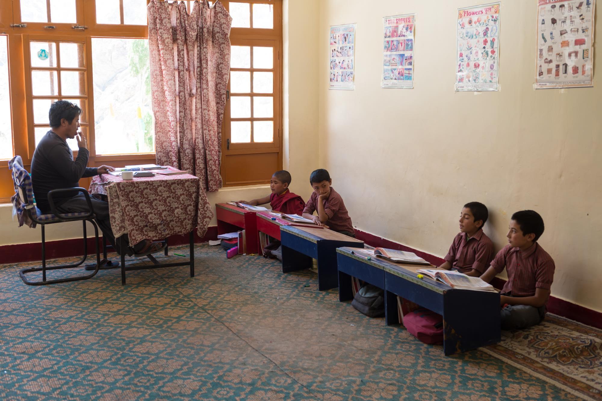 リゾンゴンパ 学校