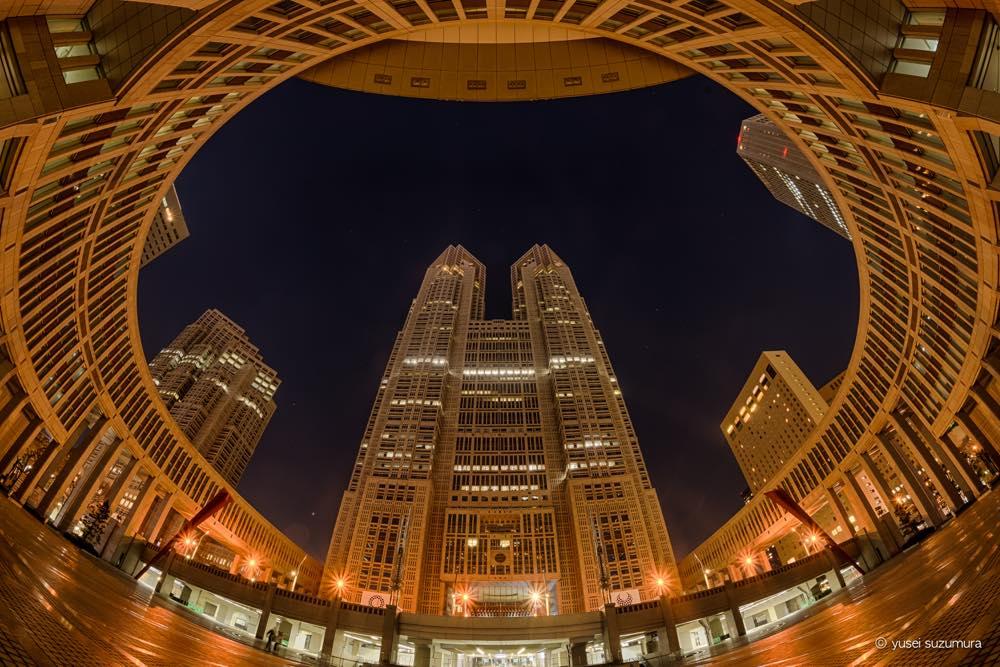 新宿都庁を撮影!上から撮るか、横から撮るか、それとも下から撮るか。