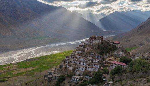 【秘境】インドのスピティ谷を代表するチベット寺院。キーゴンパとは